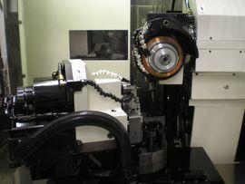 エンドミル、ドリル、切削工具の超精密研削盤